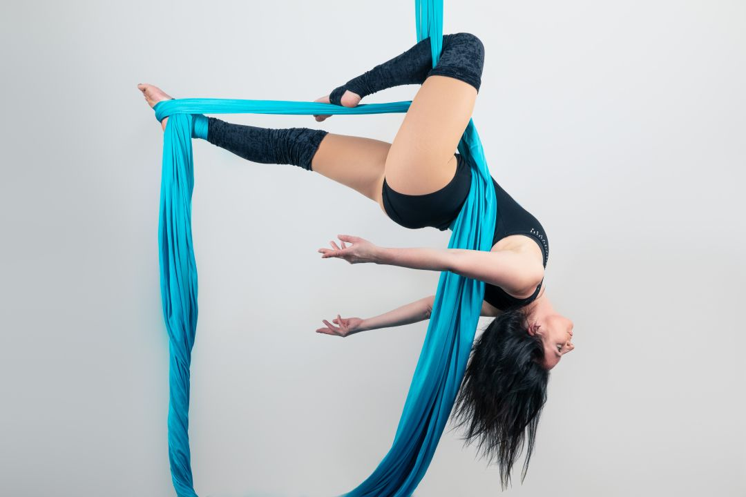 Sally (Silks)