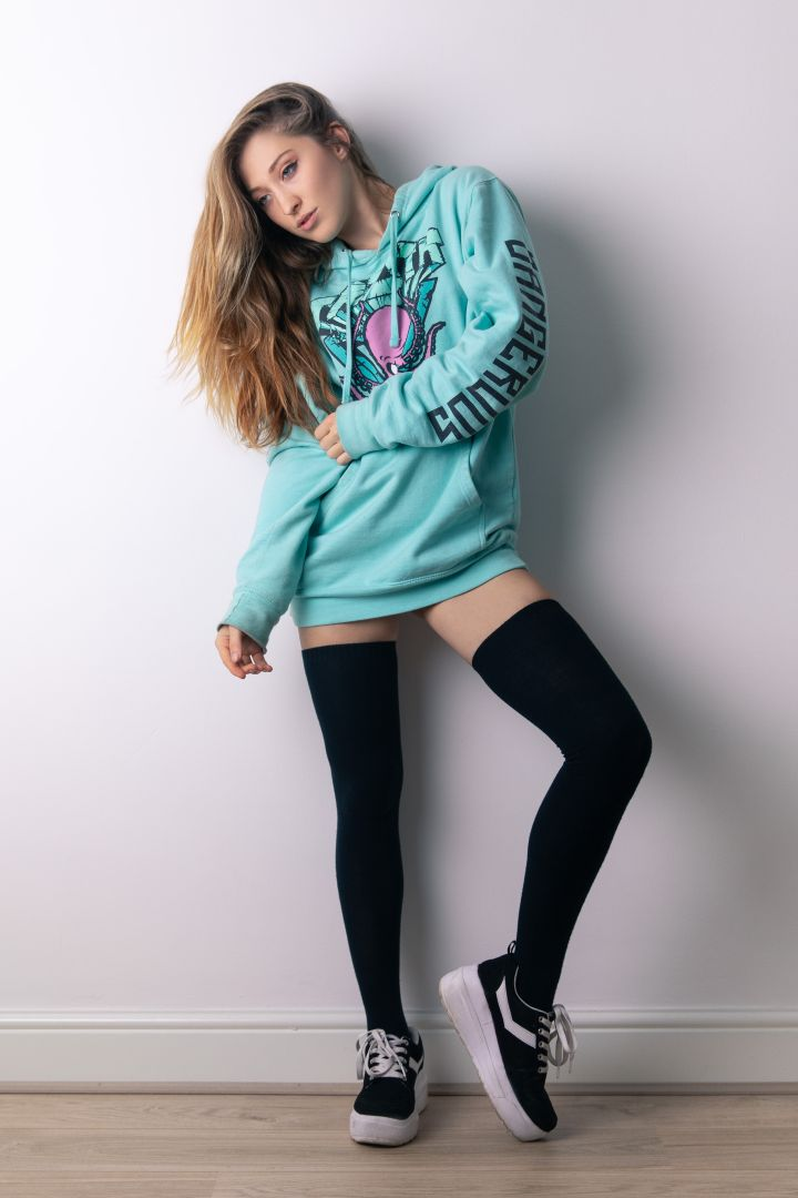 Lucy Art Model - Long Socks & Hoodie
